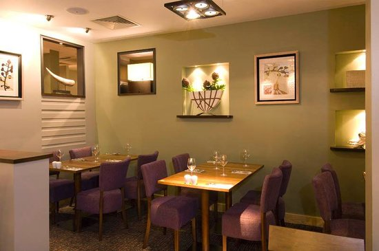 Premier Inn London Victoria Hotel : Restaurant