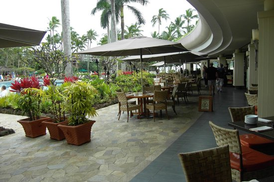 Pool garden view picture of kukui 39 s restaurant and bar for Pool garden restaurant