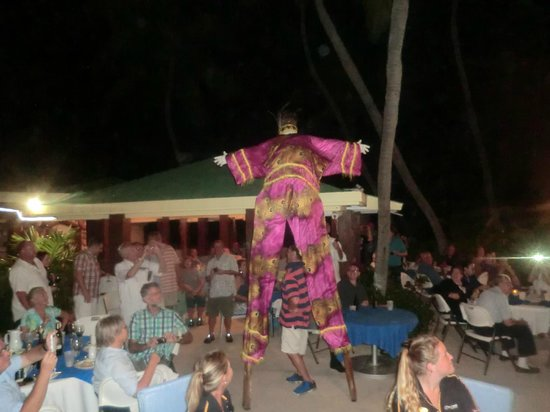 The Palms at Pelican Cove: Monday night