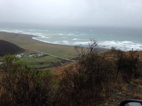 Lost Coast Scenic Drive : view of ocean from high up on the highway