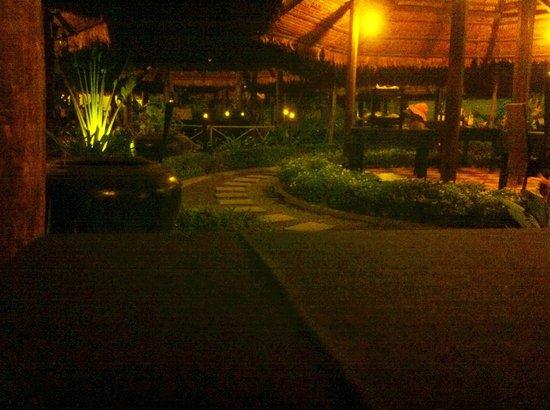 Tangram Garden: Tangram2