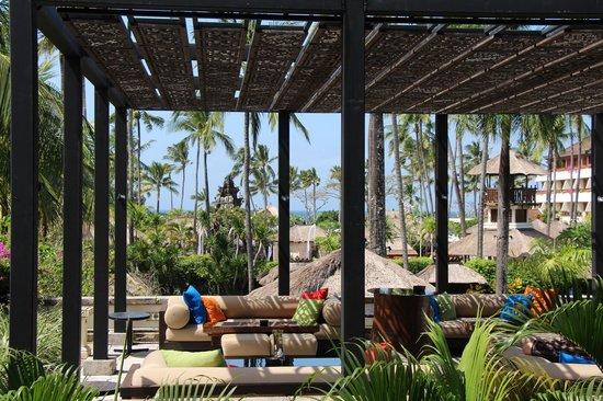 Nusa Dua Beach Hotel & Spa: View from the bar