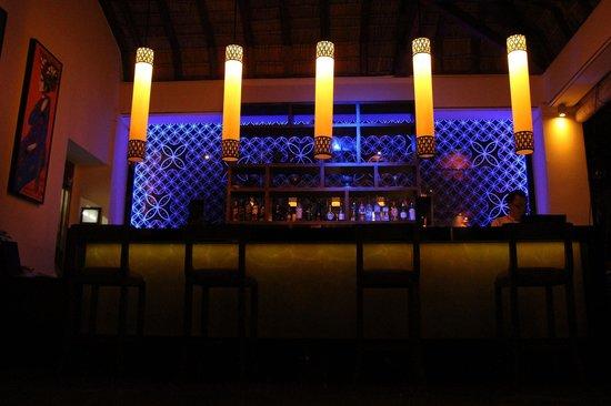 Nusa Dua Beach Hotel & Spa: The bar