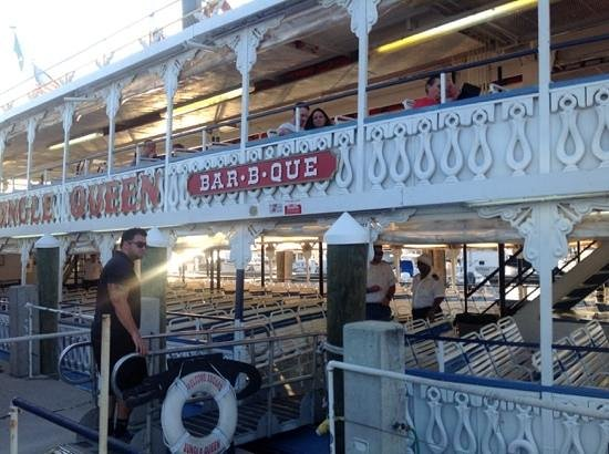 Jungle Queen Riverboat: at the dock