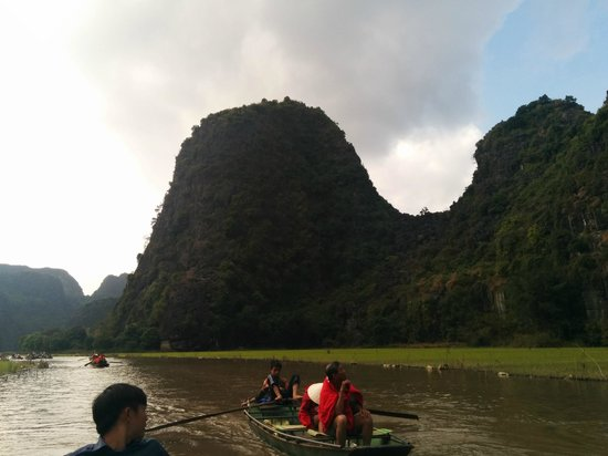 Hoa Lu - Tam Coc Day Tour: view
