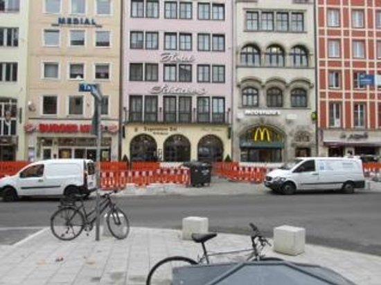 """Hotel Schlicker """"Zum Goldenen Loewen"""": Hotel Schlicker from Schneider Weisse"""