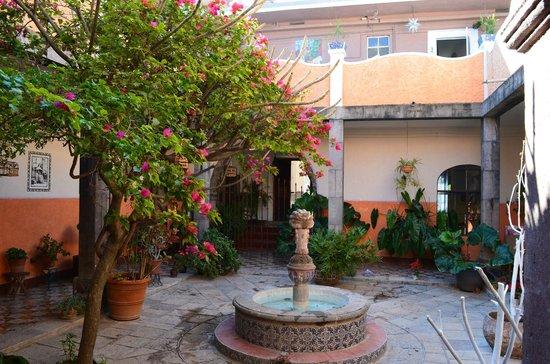 Suites Santo Domingo - courtyard