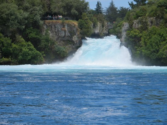 Huka Falls tracks: another view from the Fuller Cruise Boat.