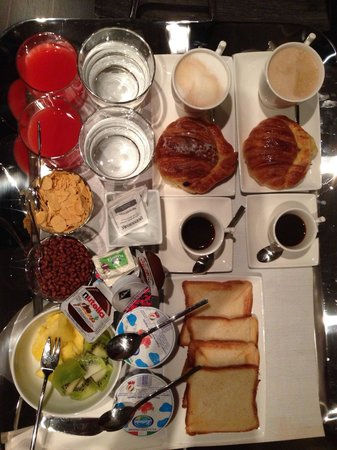 Campo Marzio Luxury Suites: The breakfast was very satisfying
