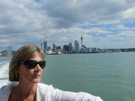 VR Takapuna : ferry ride from hotel to downtown Auckland.