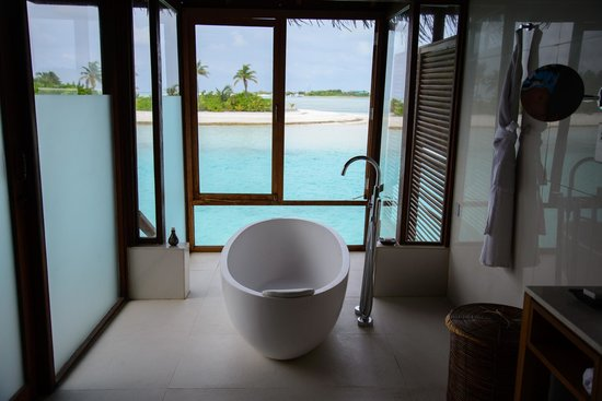 Anantara Veli Maldives Resort: View from bathroom.