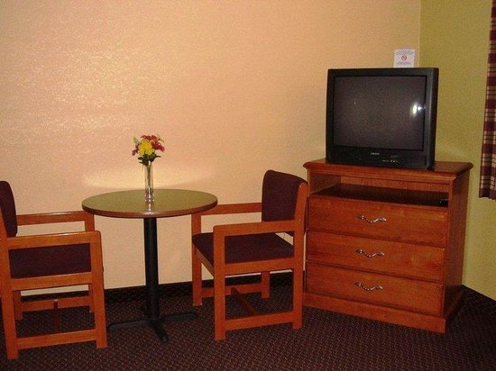 Americas Best Value Inn Lawrenceburg: In Room Amenities
