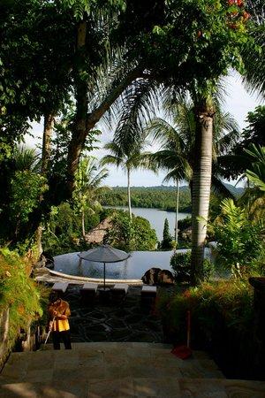 Taman Wana Villas and Spa : view from lobby