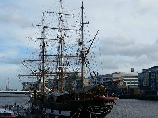 Museo de la hambruna Jeanie Johnston: The Ship