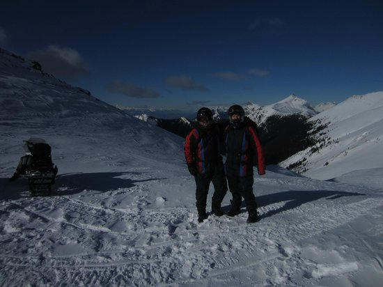 White N' Wild Snowmobile Tours: Our guide Jim called this 'on top of the world'. I'd like to rename it 'next to heaven'. It's -