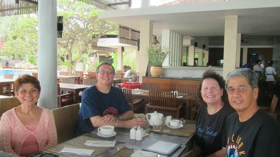 Rama Candidasa Resort & Spa : WITH OUR NEW FRIENDS ULI AND SANDRA MUELLER