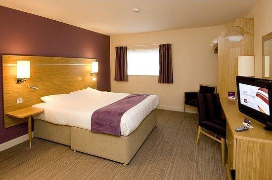 Premier Inn Manchester Airport (M56/J6) Runger Lane South: Room