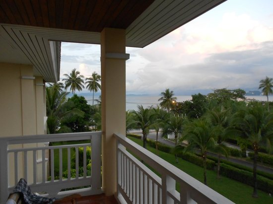 Sofitel Krabi Phokeethra Golf & Spa Resort: Balcony view towards seas