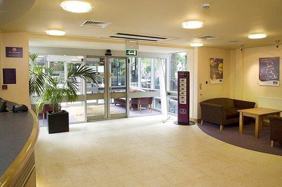 Premier Inn London Euston Hotel: Reception