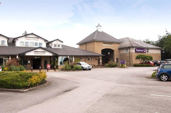 Premier Inn Leeds / Bradford Airport Hotel: Exterior