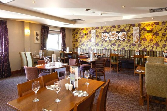 Premier Inn Plymouth City Centre (Sutton Harbour) Hotel: Restaurant
