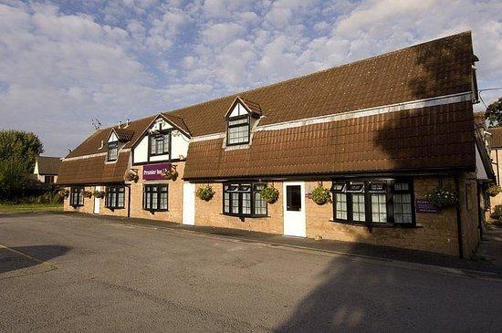 Premier Inn Nottingham North West (Hucknall) Hotel: Exterior