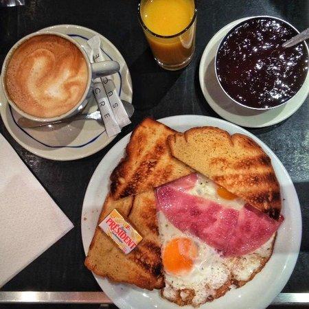 Castel Cafe: Good Morning Paris!