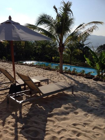 Kalima Resort & Spa: So call beach, it's not