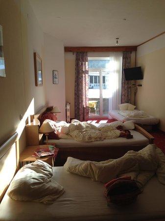 Hotel Kerschbaumer und Gasthof zur Weinstube: room