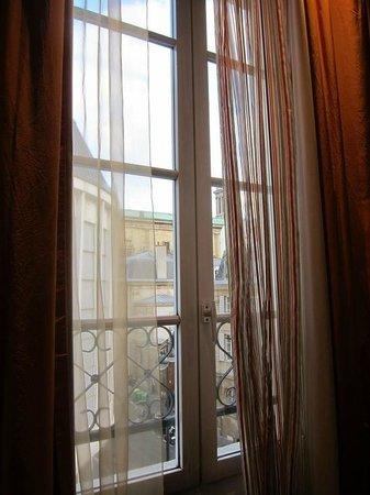 Hotel Rocroy: Room 308
