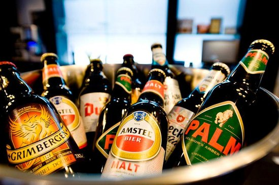Holiday Inn Express Amsterdam-Sloterdijk Station: Try the famous Dutch and Belgium beers