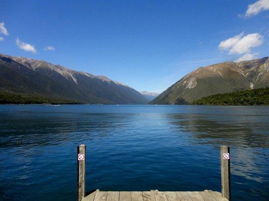 Nelson Lakes National Park: Lake Rotoiti