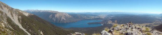Nelson Lakes National Park: View from St. Arnaud Range