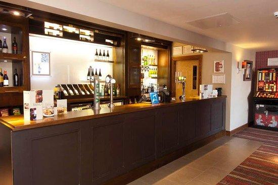 Premier Inn London Greenwich Hotel: Bar