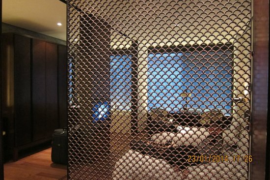 The PuLi Hotel and Spa : deluxe twin room