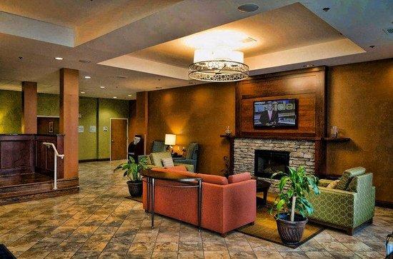 Holiday Inn Express La Plata: Hotel Lobby