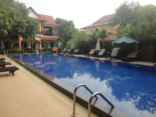 Central Boutique Angkor Hotel: Main pool near our suite