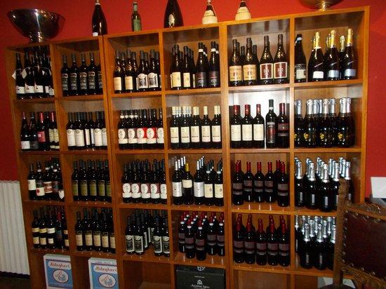 Il Conte del Pesin: Buona varietà di vini