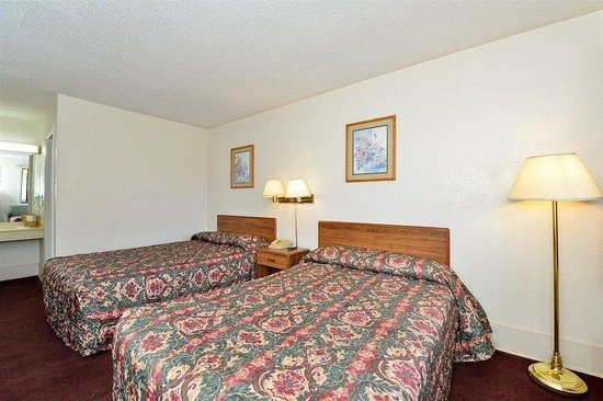 Americas Best Value Inn : Two Doubles Guest Room