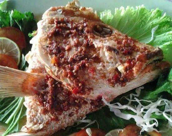Taipan Restaurant: Spicy Grilled Fish Head
