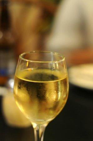 Cafe Pesto Hilo Bay: 本日のお勧めワイン