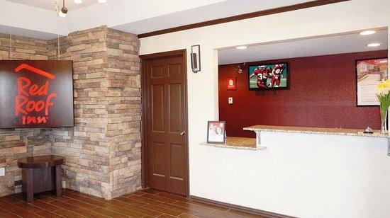 Red Roof Inn - Waco: Lobby