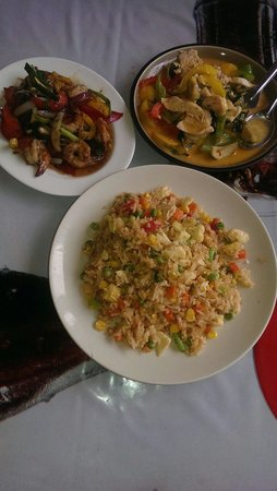 The Kitchen: Penang curry, vegetable fried rice & shrimps in pepper