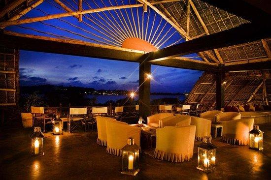 The Majlis Hotel: Bar