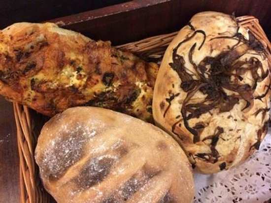 Murillos Spanish Restaurant: Our Breads