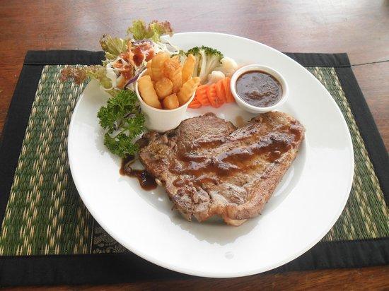 Sea Breeze Restaurant : T-Bone Steak