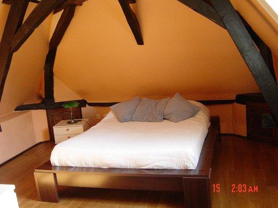 Hotel La Colombière : une des chambres du gite