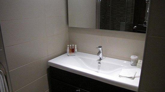 LaresPark Hotel: WC Service