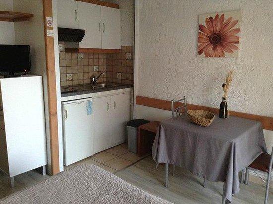 Residence la Renovation (Thonon-les-Bains, France) - Apartment ...