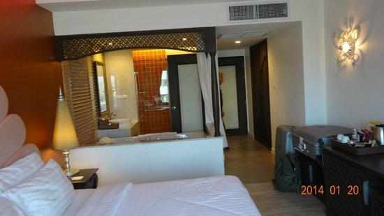 Chillax Resort : one big room:)